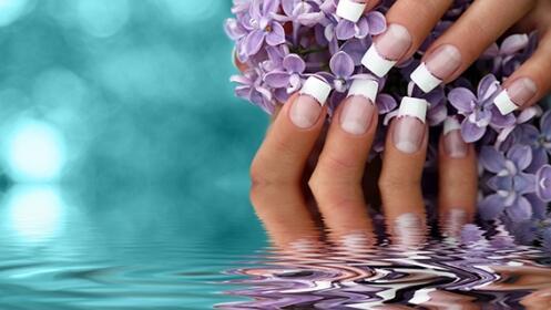 Elige entre manicura o uñas de gel