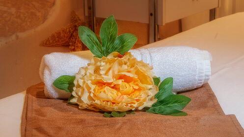 Circuito spa con opción a envoltura de frutos rojos con detalle de despedida en Suances