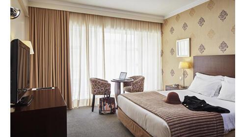 2 noches en habitación doble Hotel As Americas 4* Aveiro + actividades