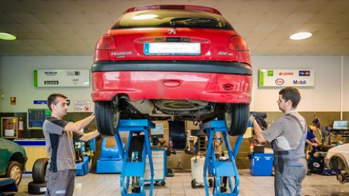 2 Neumáticos válidos para todo el año con montaje incluido en Neumáticos Hoznayo
