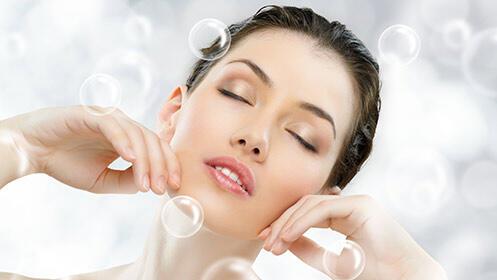 Sesión de tratamiento de oxigenación con hidratación facial en Centro Velvet