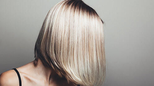 NUEVO Y EXCLUSIVO tratamiento de alisado del cabello