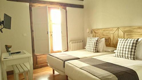 Noche en habitación doble y desayuno con opción a excursión desde 19€
